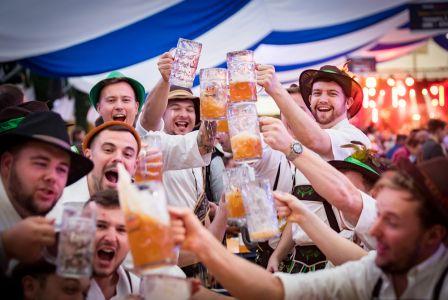 20 сентября зажигательная пивная вечеринка. Бочка бесплатного пива, море подарков и отличное настроение гарантированы.